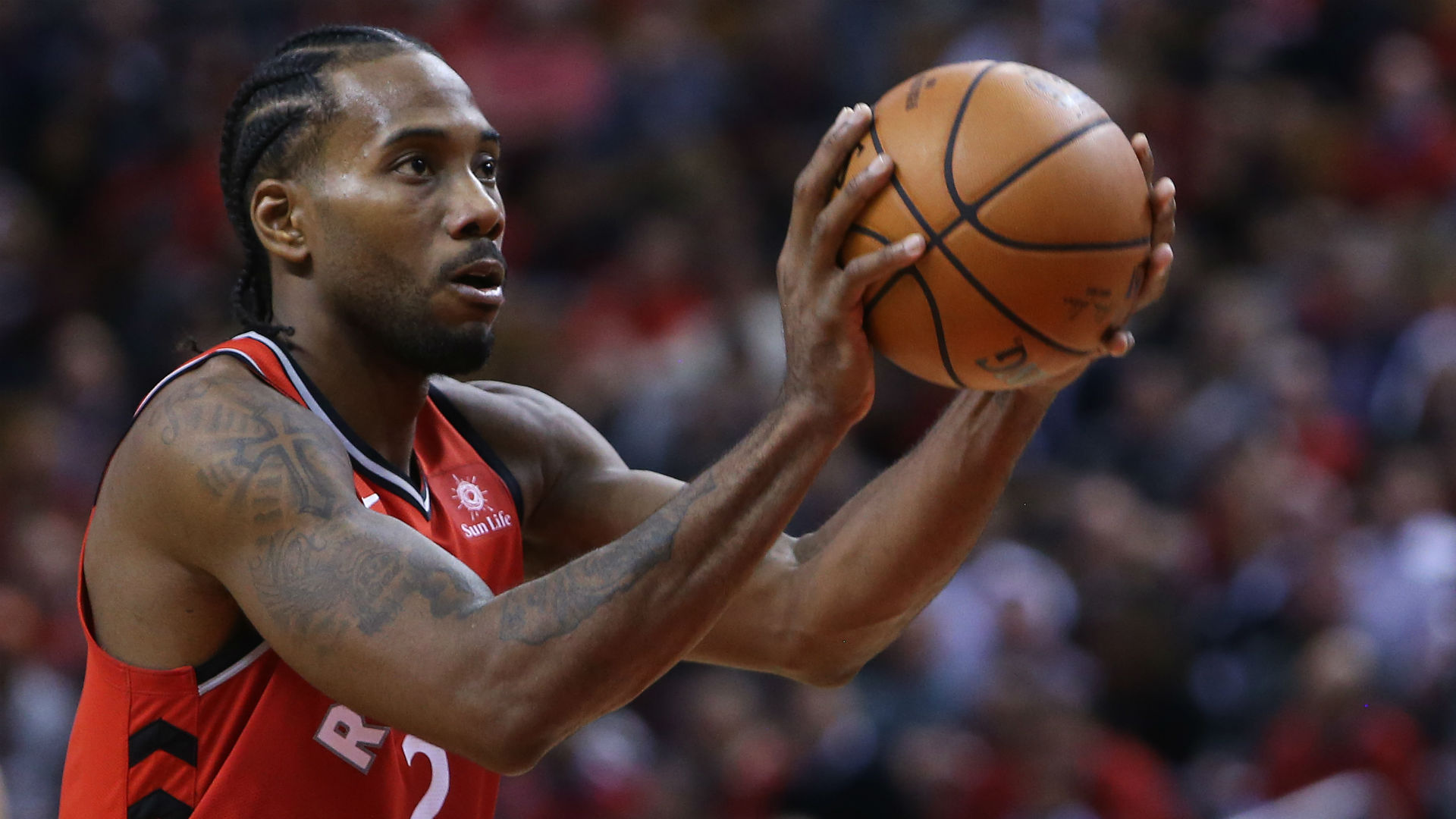This Kawhi Leonard sequence is exactly why Raptors traded for him