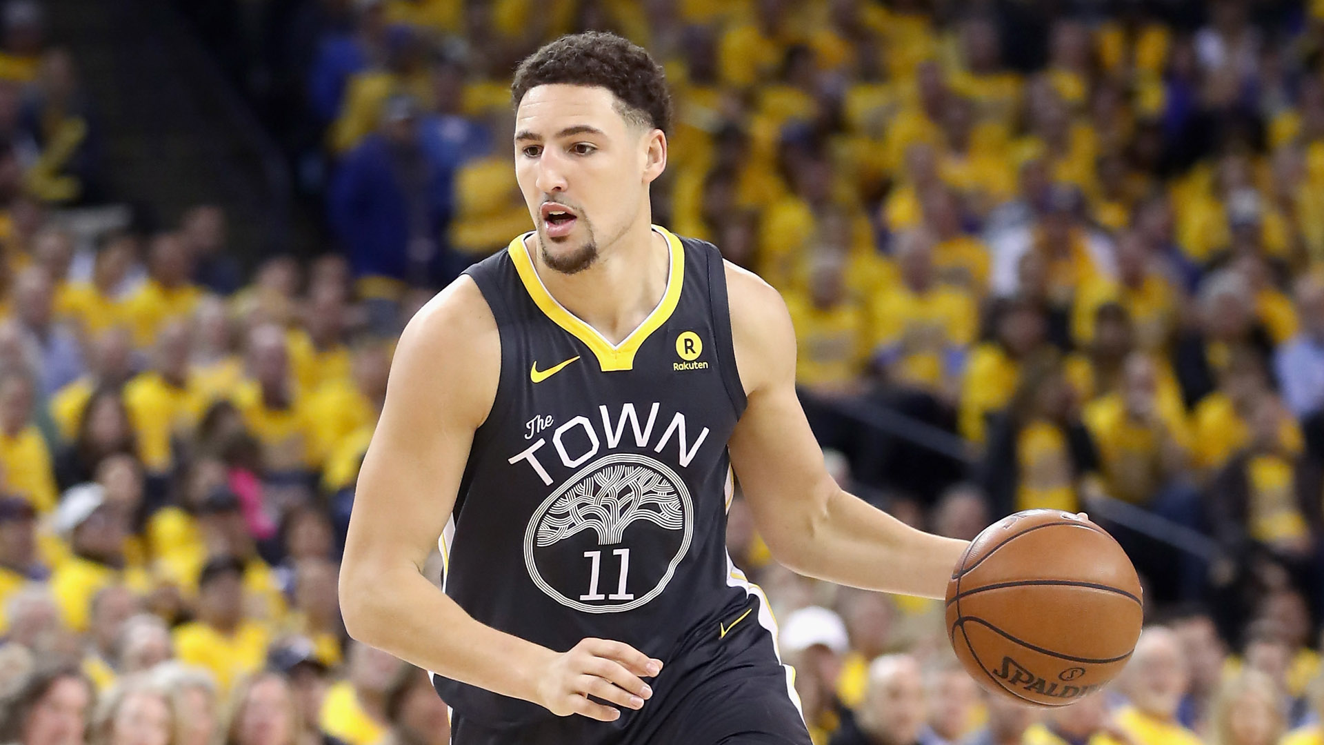 Warriors guard Klay Thompson sets NBA record, knocks down 14 3-pointers in win over Bulls