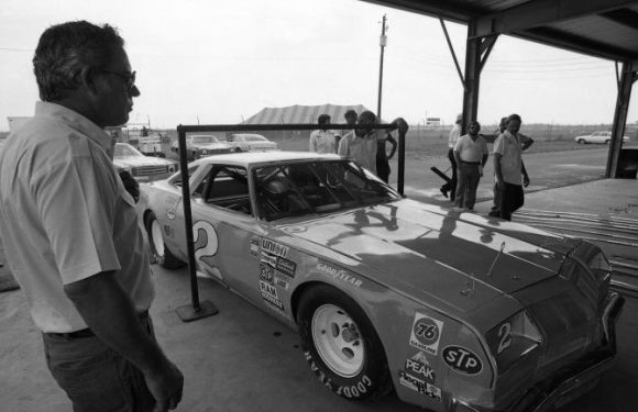NASCAR community reacts to death of Hall of Fame driver David Pearson