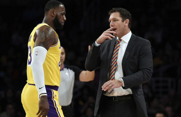 LeBron James defends Luke Walton: Lakers coaching staff puts us in a position to win