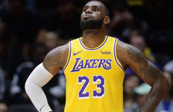 LeBron James says Lakers have to ignore 'outside noise' after falling to Raptors, learn from loss