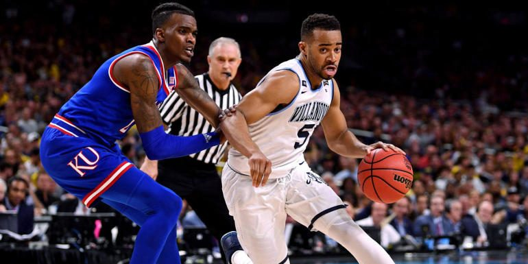 College basketball scores, schedule, games today: No. 1 Kansas has tough test against No. 17 Villanova