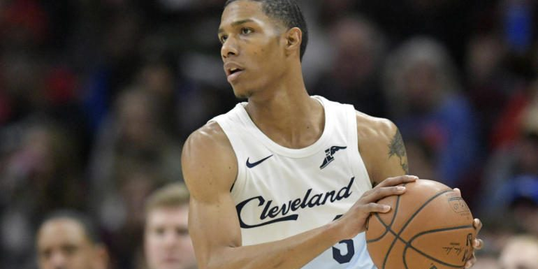 Cavaliers planning to waive Pat McCaw after just three games, per report