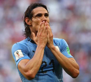 Hip injury leaves Edinson Cavani a major dobut for Tuesday's Champions League visit to Man United