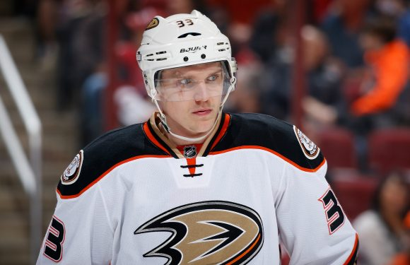 Ducks reportedly agree to 5-year extension with LW Jakob Silfverberg
