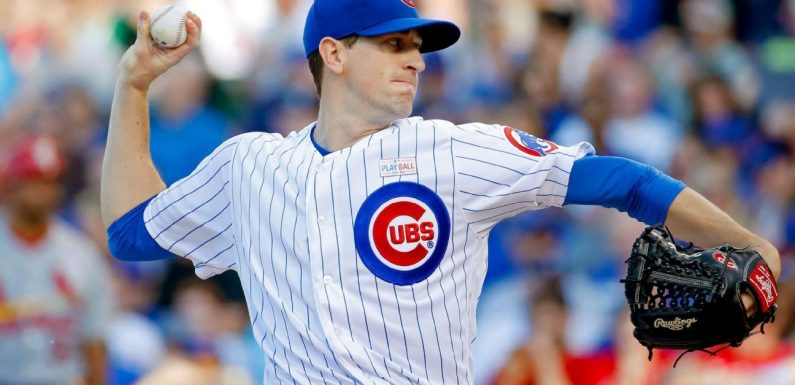 Cubs starter Hendricks gets 4-year extension