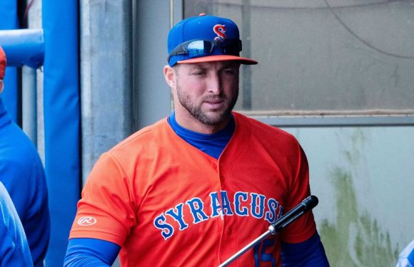 Tim Tebow is on a keto diet, hasn't had soda since he was 15, and doesn't do cheat days