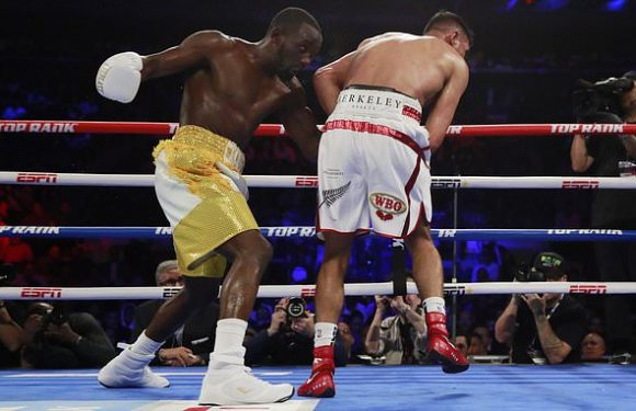 Crawford calls Khan a quitter after British fighter calls time on bout