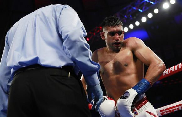 Fans fume at Khan after controversial end to bout against Crawford