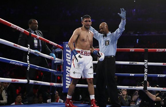 Amir Khan vs Terence Crawford: Brit can leave boxing with a proud legacy after last walk in the Garden