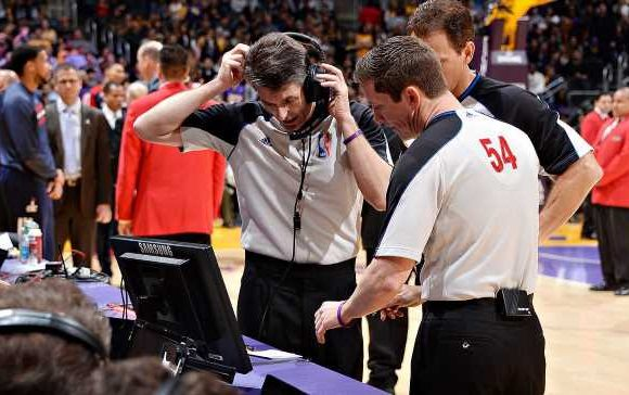 Rockets' least favorite referee working Game 2