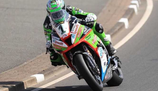 North West 200: Glenn Irwin takes superbike pole with unofficial lap record along with Dean Harrison and Alastair Seeley