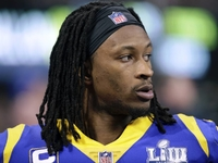 Gurley's trainer confirms 'arthritic component' to knee
