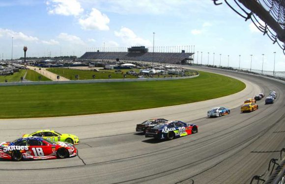 What channel is NASCAR on today? Time, TV schedule for Chicagoland race