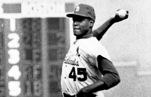 St. Louis Cardinals Hall of Famer Bob Gibson battling pancreatic cancer