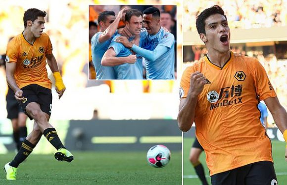 Jimenez scores late penalty as Wolves salvage point against Burnley