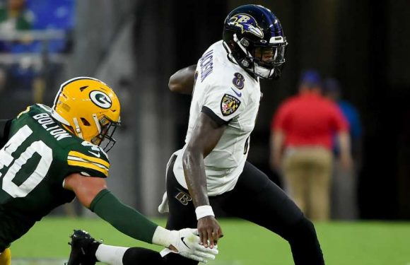 Aaron Rodgers gives injury-preventing advice to Ravens' Lamar Jackson