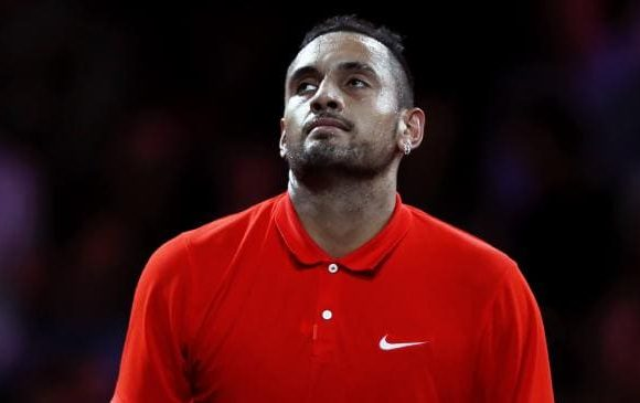 'Hot chick' rattles Kyrgios midgame
