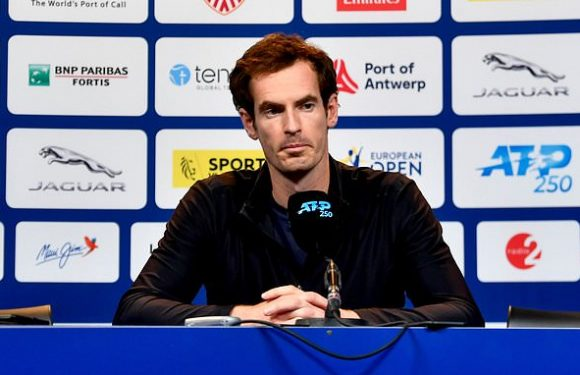 Murray plays close to home for pregnant Kim
