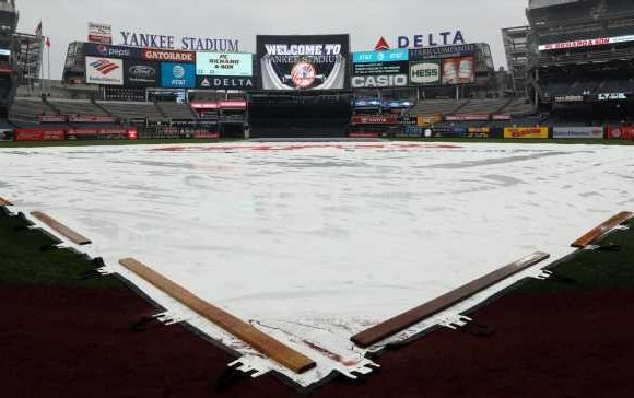 Bad forecast moves ALCS Game 4 to Thursday