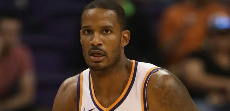 Kings' Trevor Ariza to miss remainder of preseason after back procedure