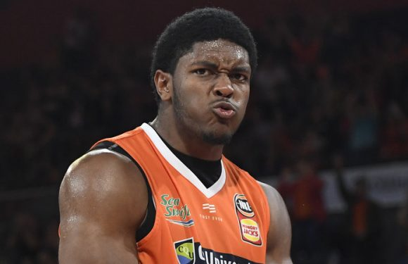 'Space Cam' ends Melbourne United's winning run