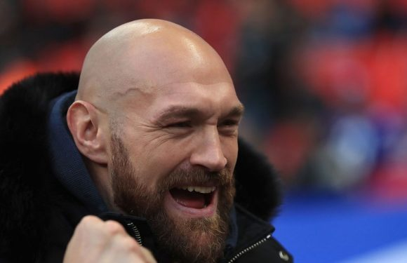 Tyson Fury to train with Conor McGregor ahead of future switch to UFC