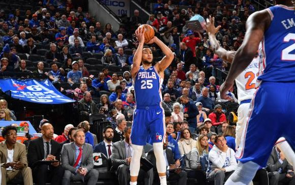 'Yes, he did it!': Simmons hits a three