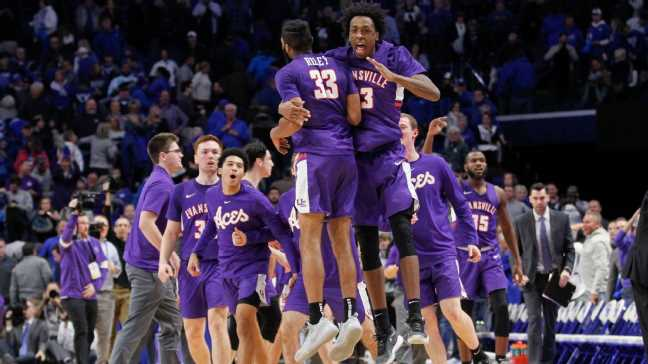 Barkley, Pitino reach out, salute Evansville for win