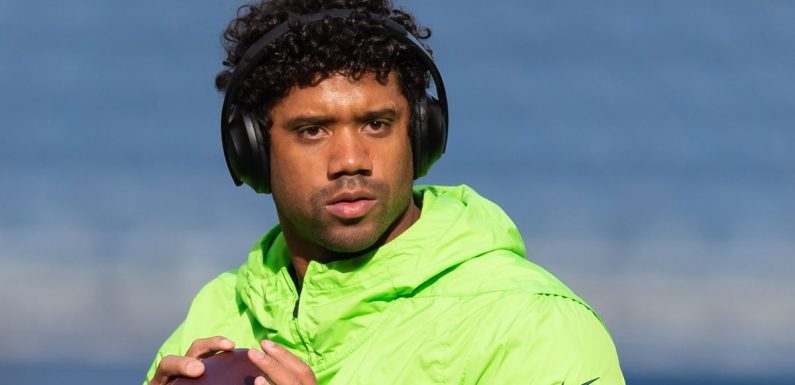 Russell Wilson told he's cut above above 'eye-rolling' NFL legend Aaron Rodgers