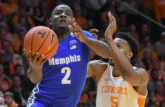 Tennessee seniors slump as Vols offense flops in loss to in-state rival Memphis