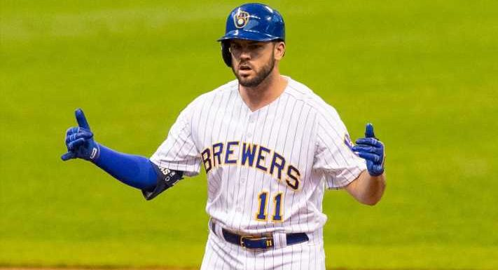 After free agency disappointments, Mike Moustakas to join Cincinnati Reds on four-year deal