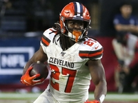 Kareem Hunt: Browns took plays off in loss to Cardinals