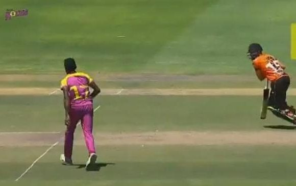 Bowler's classy 'spirit of cricket' moment
