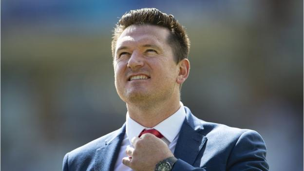 Graeme Smith: Former captain named South Africa acting director of cricket