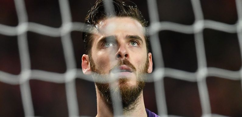 Gary Neville hits out at Man Utd's David De Gea after 'soft' Liverpool foul