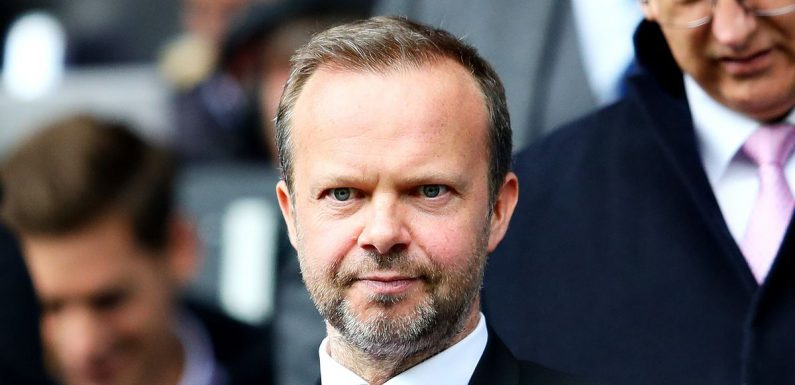 Woodward pictured on way to Paris as Man Utd 'move on' from Fernandes transfer
