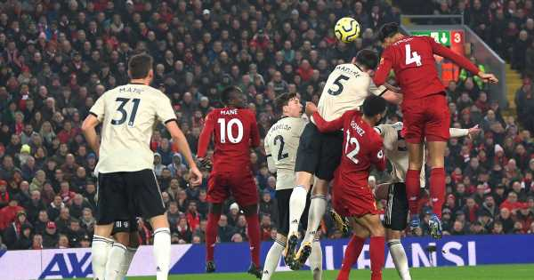 Jamie Carragher aims sly dig at Harry Maguire over Virgil van Dijk goal