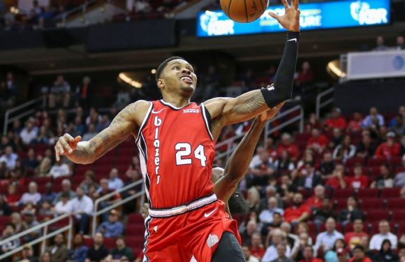 Sources: Blazers trade Bazemore, picks to Kings