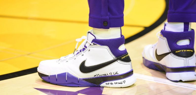 Which player had the best sneakers in the NBA during Week 15?
