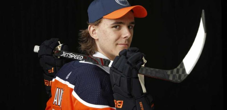 Oilers sign forward Raphael Lavoie to entry-level contract