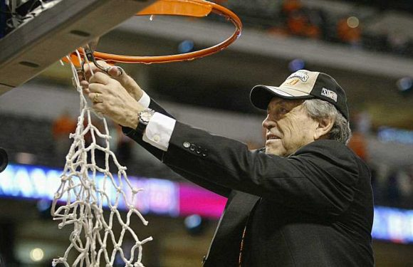 Eddie Sutton dies at 84; longtime coach received Hall of Fame honor in 2020