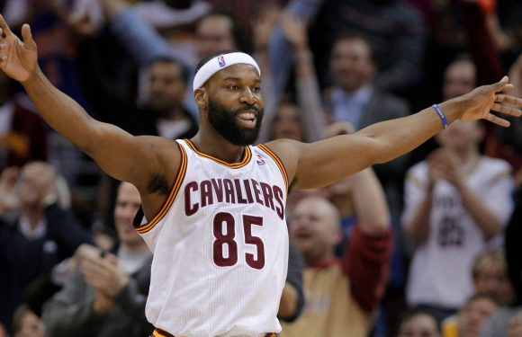 Baron Davis is the only NBA player to ever wear jersey No. 85. What made him do it?