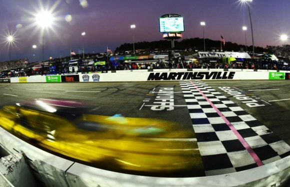 Who won the NASCAR race yesterday? Complete results for Martinsville night race