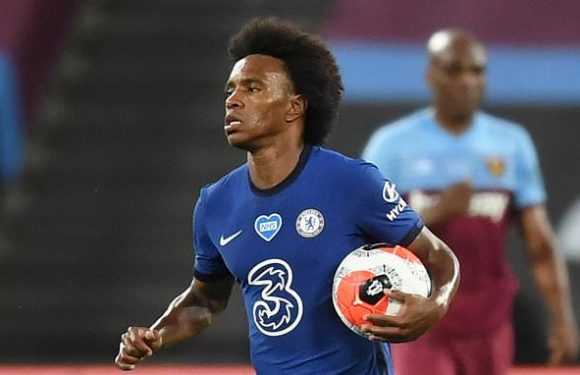 Chelsea 're-open talks with Willian'