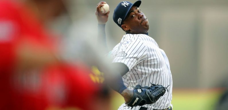 Sources: Chapman cleared to return to Yankees