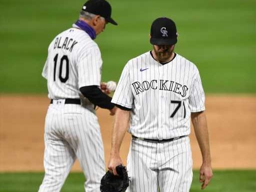 Kiszla: Wade Davis turns Rockies' hot start into hot mess. Colorado needs a new closer. – The Denver Post