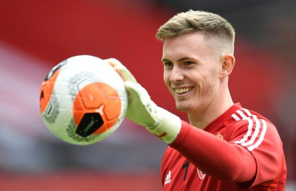 Dean Henderson earns Man Utd debut but Ole Gunnar Solskjaer slammed for Luton XI