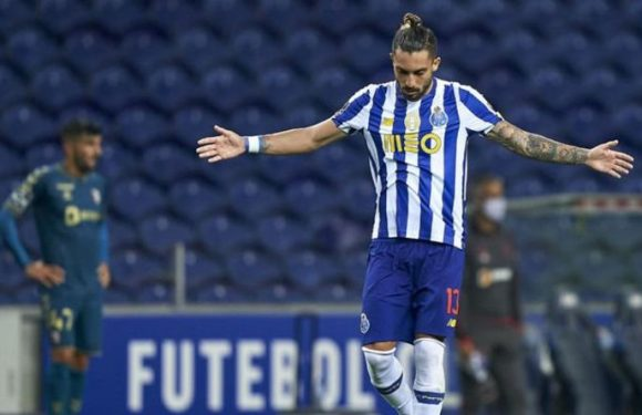 Alex Telles to Man Utd: Porto boss makes transfer admission as Red Devils keen