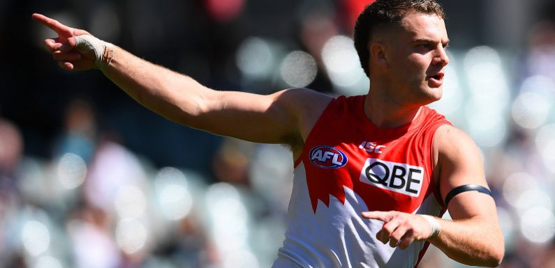 'A weight off my shoulders': Papley confirms he's staying with Swans